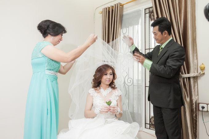 Vinton&Sisca Wedding by Okeii Photography - 015