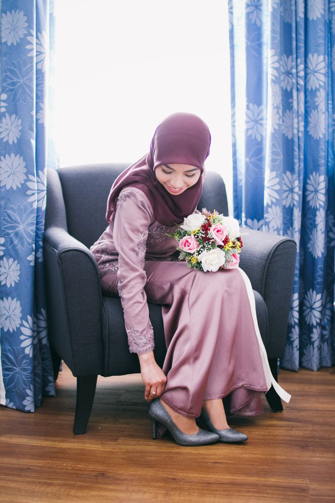 The engagement ceremony of Fauzana & Haqqa by Hanif Fazalul Photography & Cinematography - 008