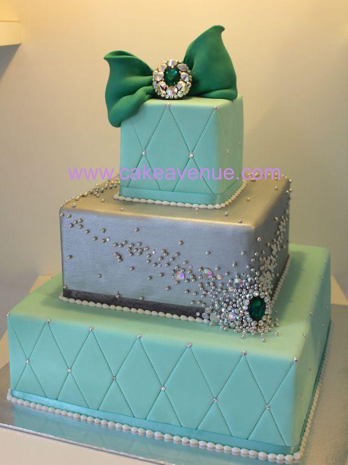 3-tier Customised Wedding Cakes by Cake Avenue - 004