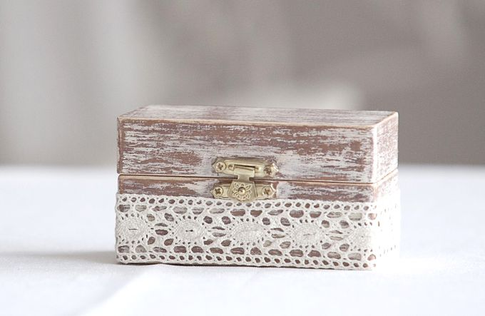 Ring pillows and ring boxes by Weddingbliss - 005