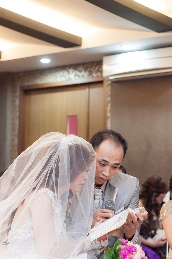 Vinton&Sisca Wedding by Okeii Photography - 023