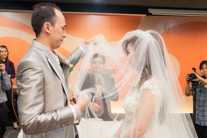 Vinton&Sisca Wedding by Okeii Photography - 026