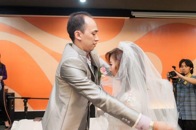 Vinton&Sisca Wedding by Okeii Photography - 029