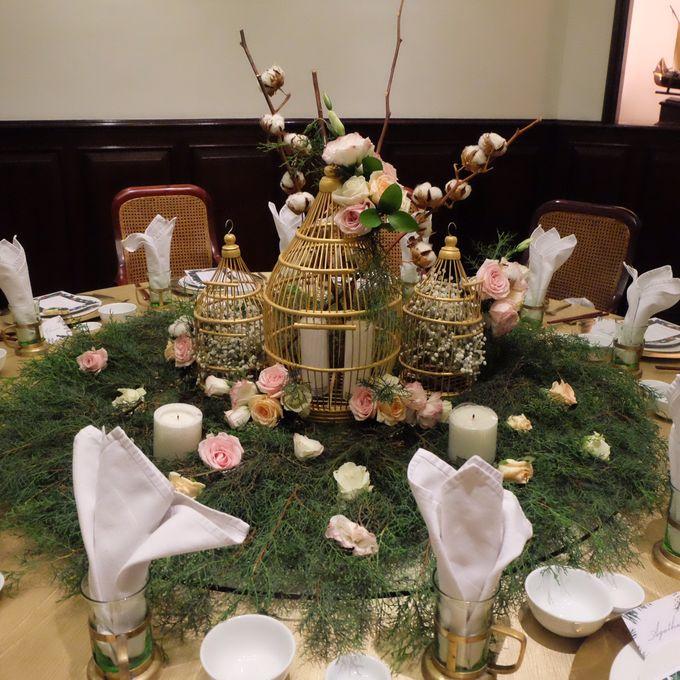 Table Decoration by Les Fleur Flower Design - 007