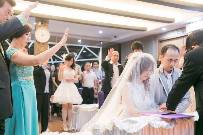 Vinton&Sisca Wedding by Okeii Photography - 022