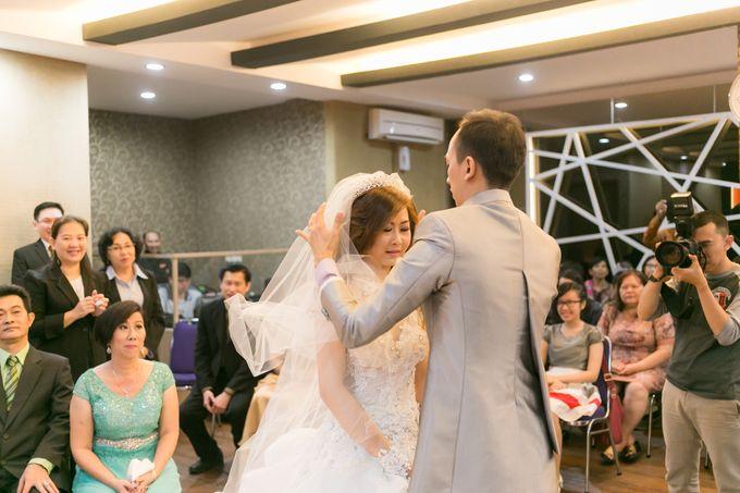 Vinton&Sisca Wedding by Okeii Photography - 028