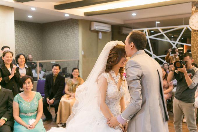 Vinton&Sisca Wedding by Okeii Photography - 030
