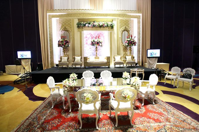 Padang Modern of Nova and Ical by Watie Iskandar Wedding Decoration & Organizer - 013