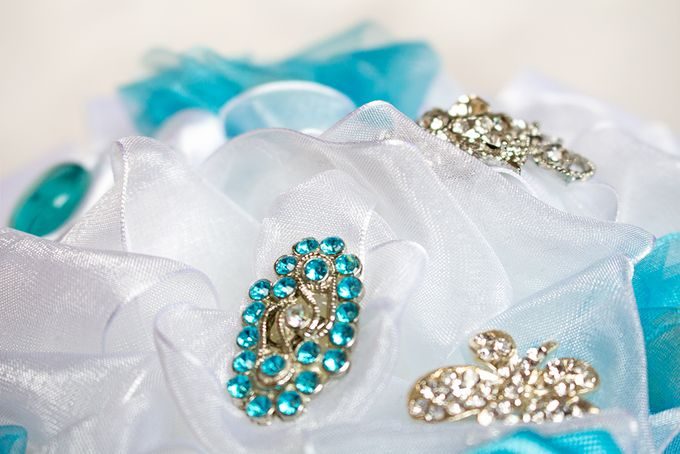 Over the Sea Bridal Brooch Bouquet by Marini Bouquets - 015