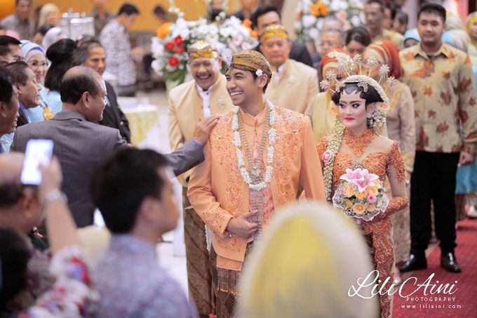 Wedding Reception Akbar & Devy by Lili Aini Photography - 005
