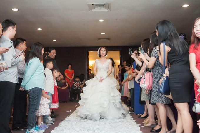 Vinton&Sisca Wedding by Okeii Photography - 034