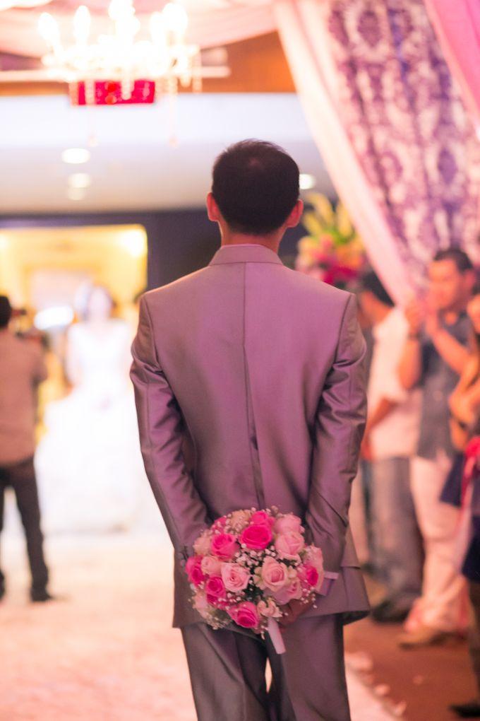 Vinton&Sisca Wedding by Okeii Photography - 035