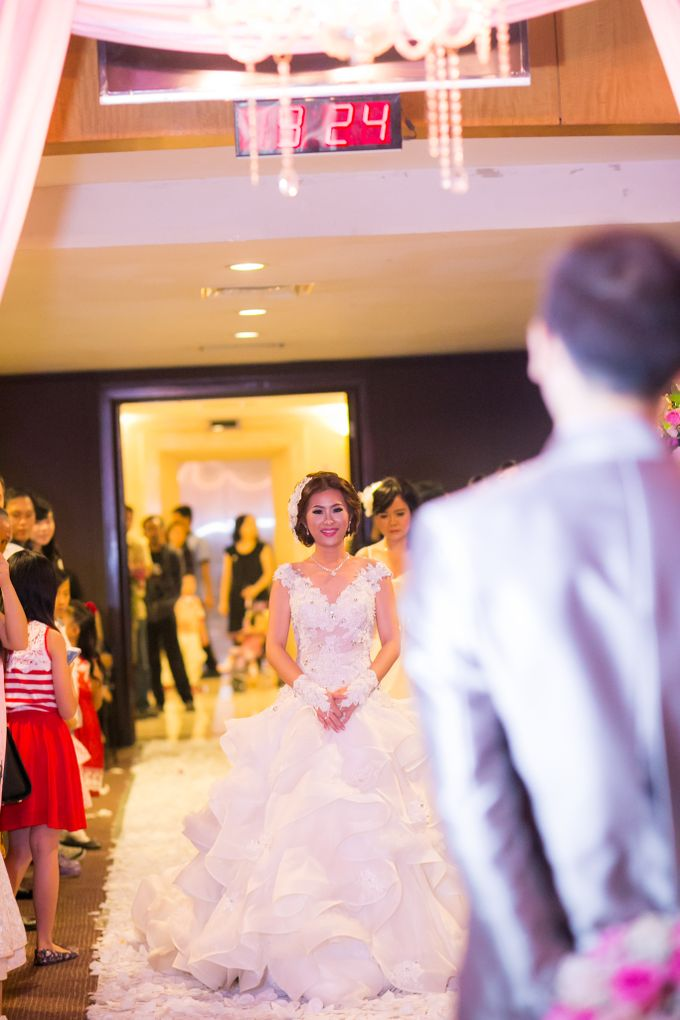Vinton&Sisca Wedding by Okeii Photography - 037