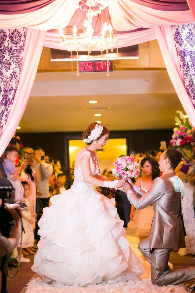 Vinton&Sisca Wedding by Okeii Photography - 038