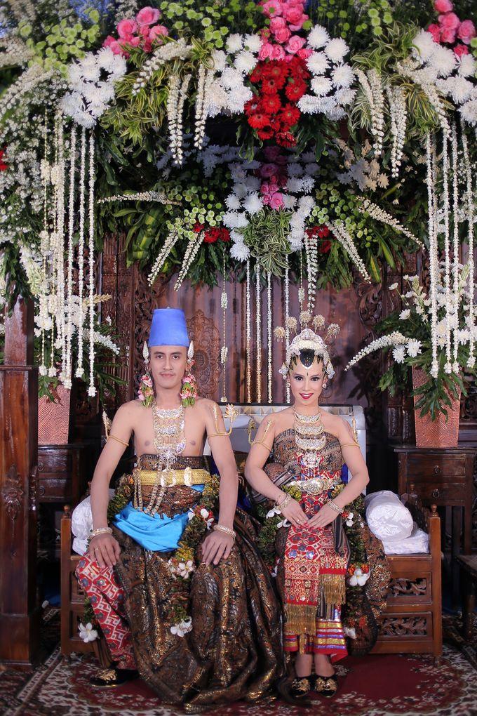 Galih & Risma Wedding by Faust Photography - 014