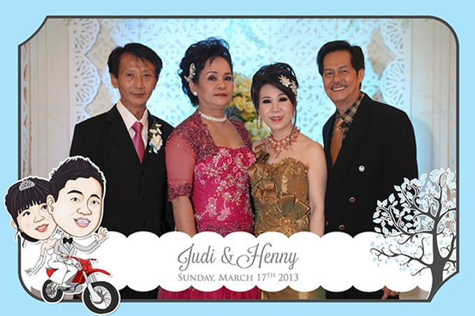 The Wedding of Judy & Henny by After 5 Photobooth - 005