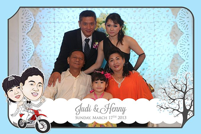 The Wedding of Judy & Henny by After 5 Photobooth - 008