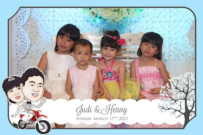 The Wedding of Judy & Henny by After 5 Photobooth - 009