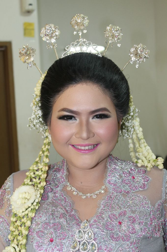 WEDDING WANDA by NANA Rias Pengantin - 005