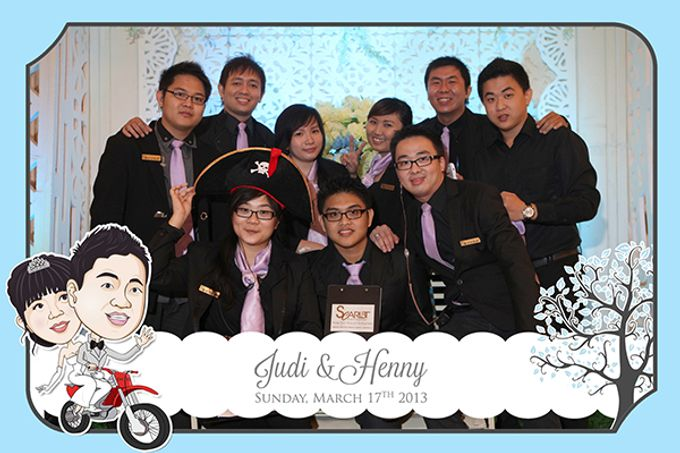 The Wedding of Judy & Henny by After 5 Photobooth - 010
