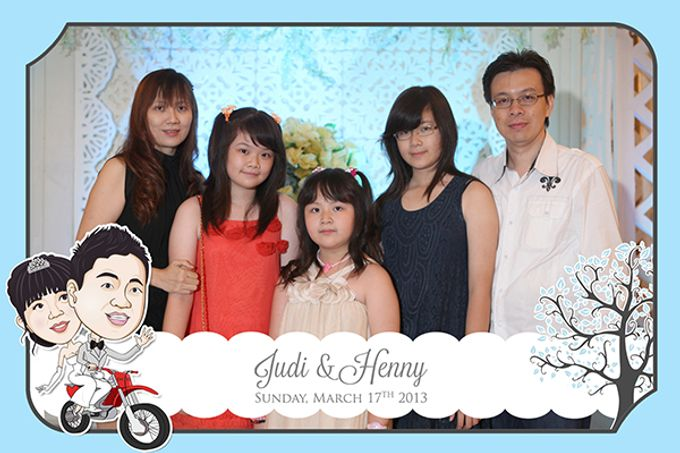 The Wedding of Judy & Henny by After 5 Photobooth - 011
