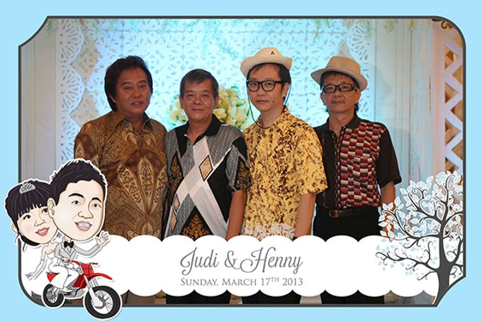 The Wedding of Judy & Henny by After 5 Photobooth - 012