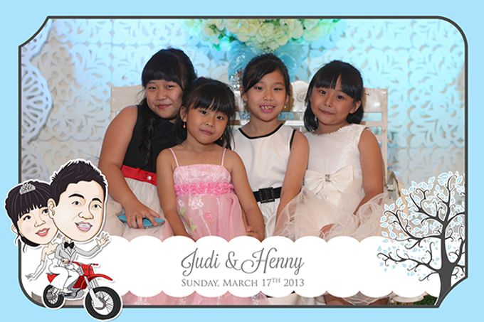The Wedding of Judy & Henny by After 5 Photobooth - 014