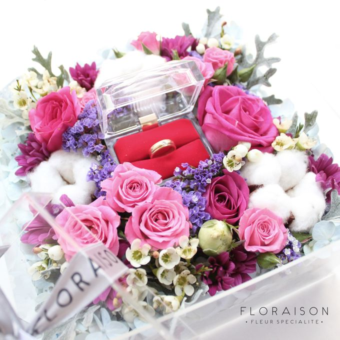 """See me Thru"" Bloom box by Floraison - 017"