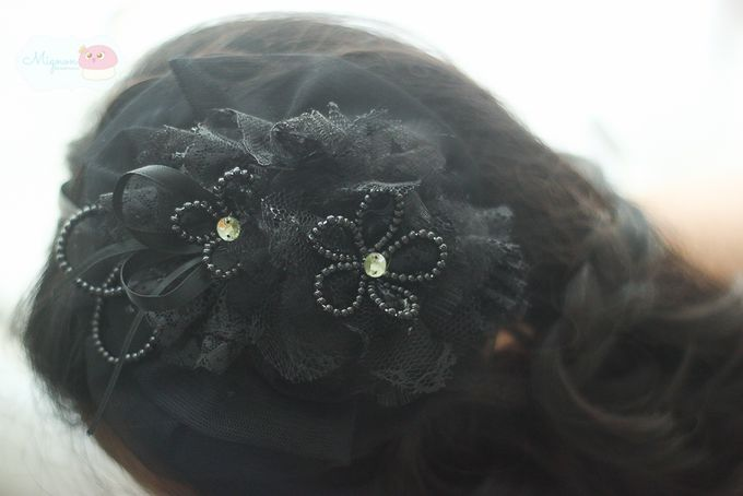 black small lady hat by mignon headdresses - 005