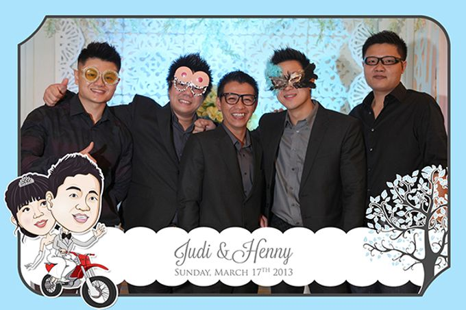 The Wedding of Judy & Henny by After 5 Photobooth - 017