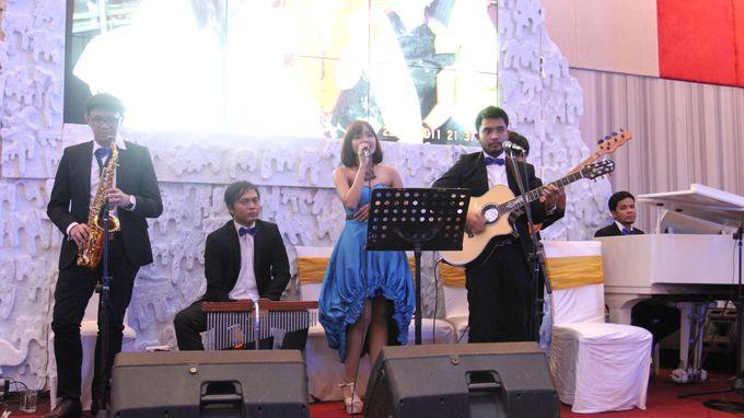 Wedding at manhattan hotel by X-Seven Entertainment - 001