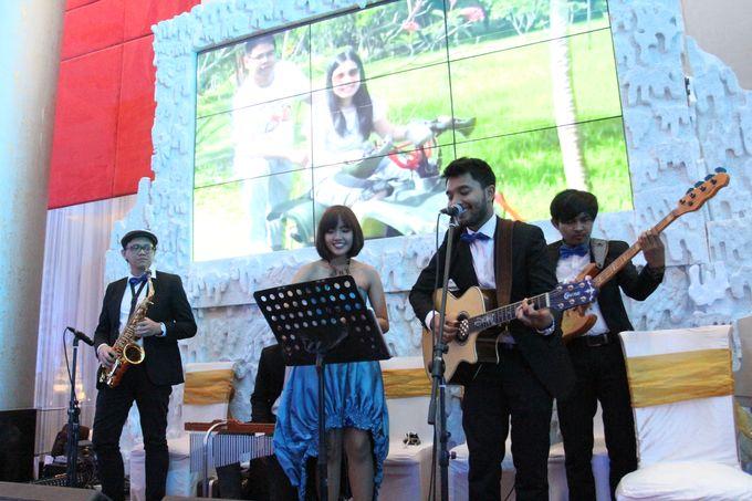 Wedding at manhattan hotel by X-Seven Entertainment - 002