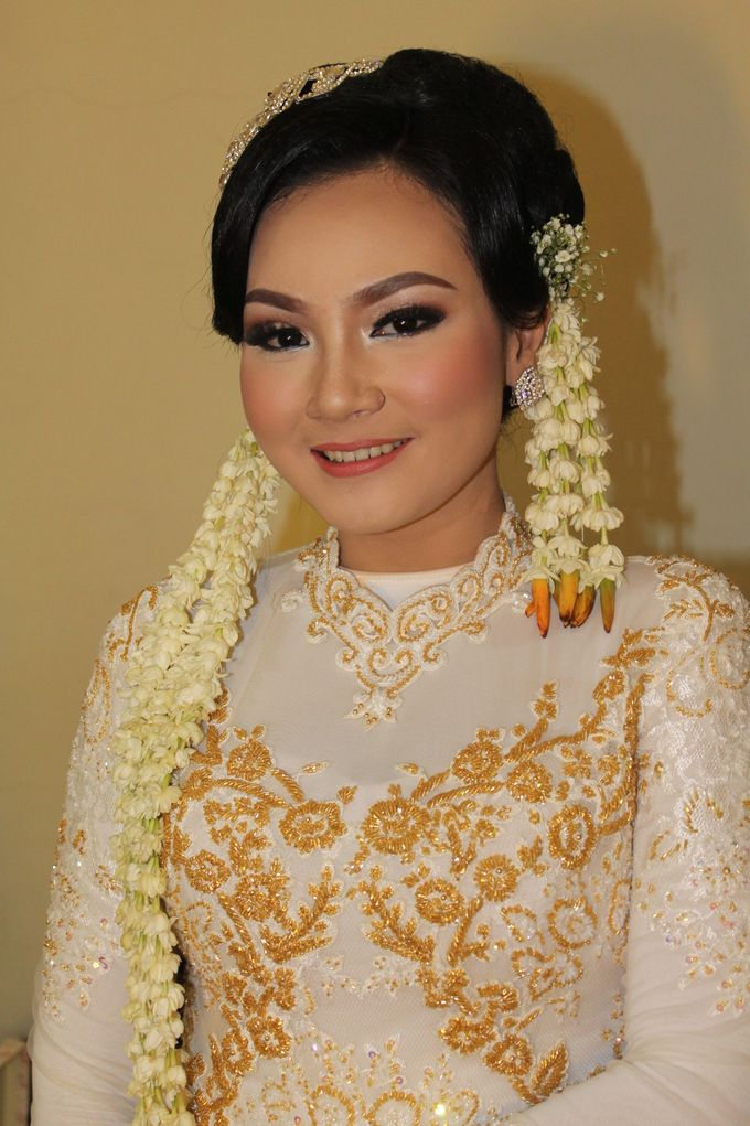 WEDDING - PUTRI by NANA Rias Pengantin - 003