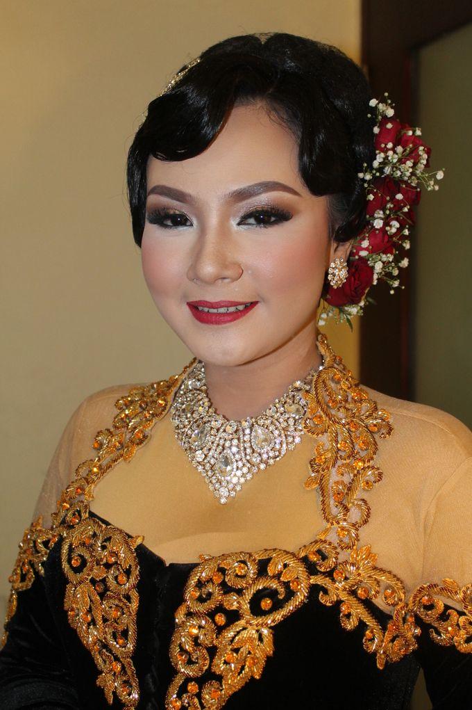 WEDDING - PUTRI by NANA Rias Pengantin - 001