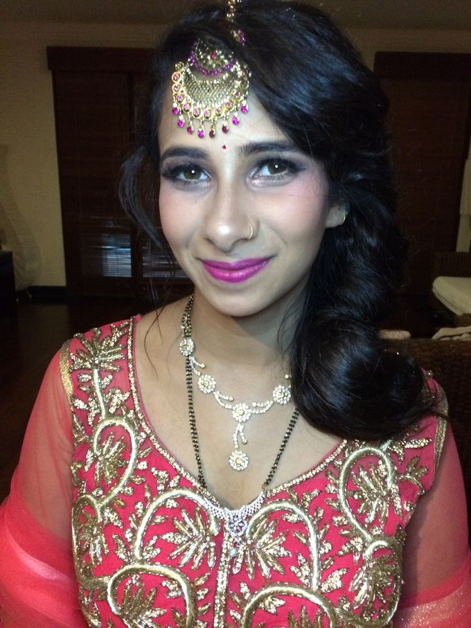 Goro And Sejal Indian Wedding Party By Maretta Hana Mua Bridestory Com