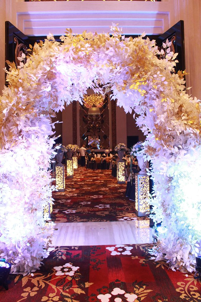 The Wedding of Arvan & Chelsy by The Trans Resort Bali - 007