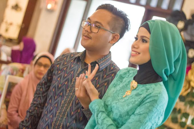 Tiara and Bayu Engagement by Pancarona Creative Visual - 009