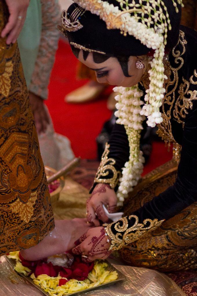 The Wedding of Sylvania Marchellina Suhartono & Jannata Giwangkara by Pancarona Creative Visual - 024