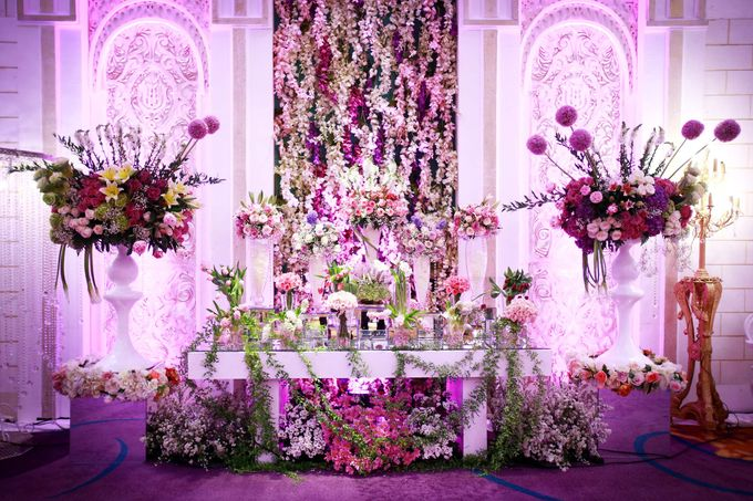 Padang Modern of Nova and Ical by Watie Iskandar Wedding Decoration & Organizer - 017