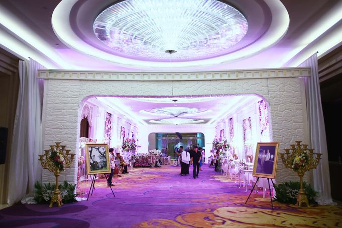 Padang Modern of Nova and Ical by Watie Iskandar Wedding Decoration & Organizer - 010