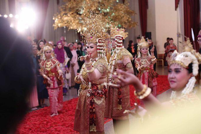 Devi & Taufan Wedding by Watie Iskandar Wedding Decoration & Organizer - 015