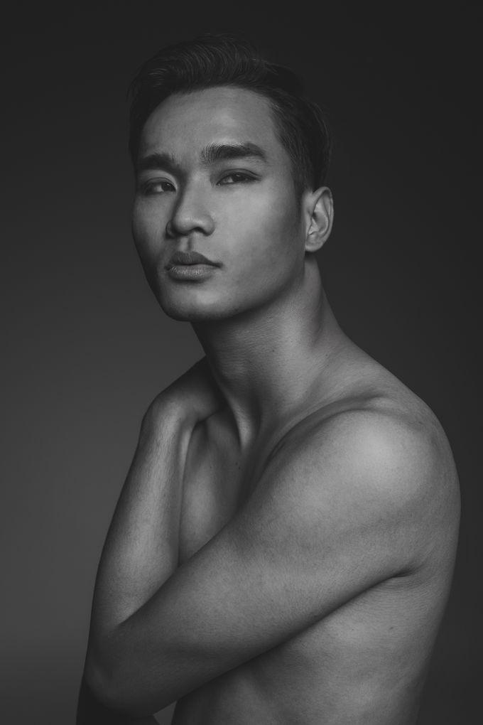 Tambahkan ke board natural nude makeup black white photoshoot by cg makeup hair 002