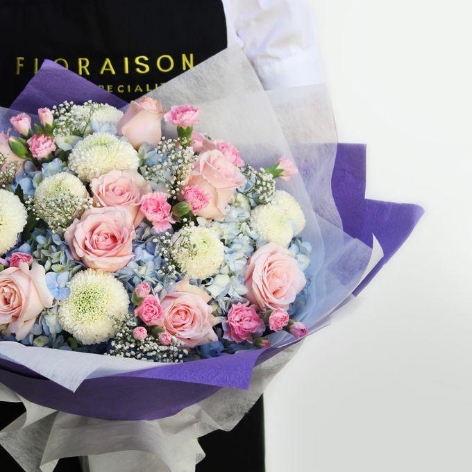 Hand Bouquet by Floraison - 010