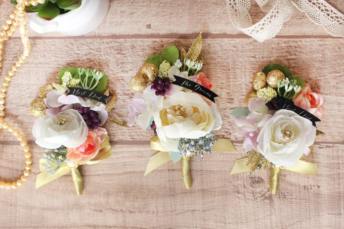 Custom Boutonniere / Corsage by The Bride and Butter - 048