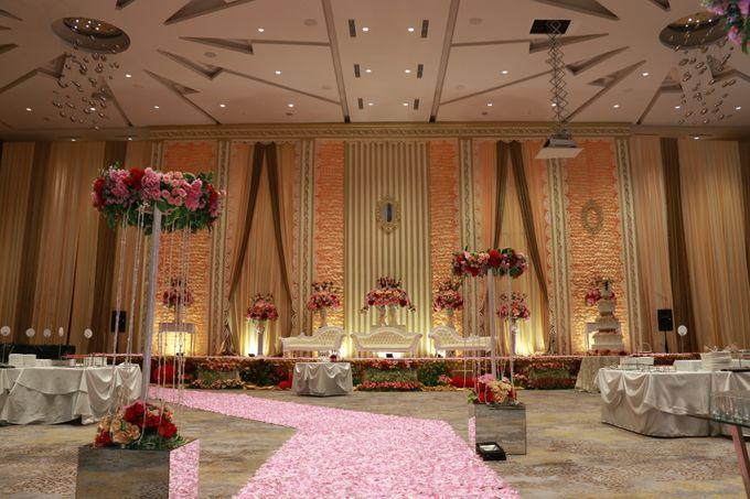 Wedding of cece susy by novotel tangerang bridestory add to board wedding of cece susy by novotel tangerang 006 junglespirit Images