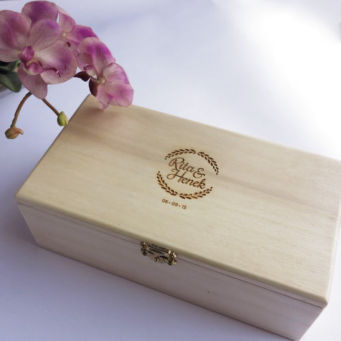 Wooden Box by Sesso - 006