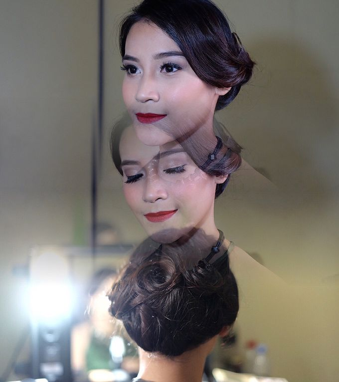 Makeup Artist by mitha hamid - 009