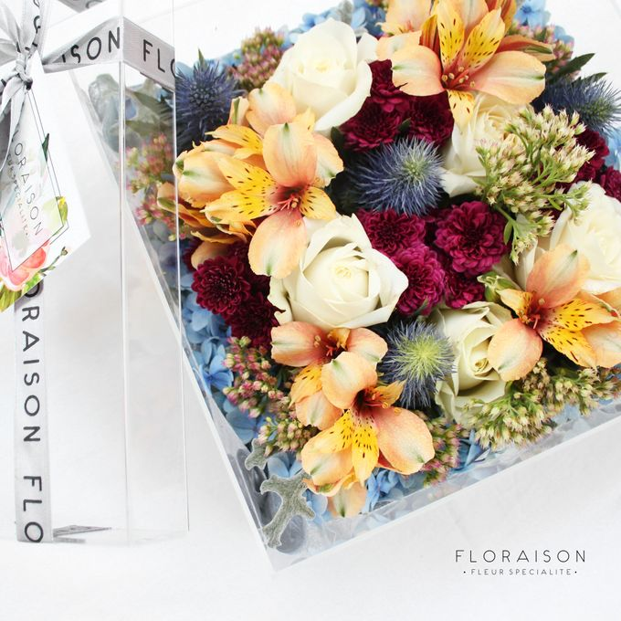 """See me Thru"" Bloom box by Floraison - 022"