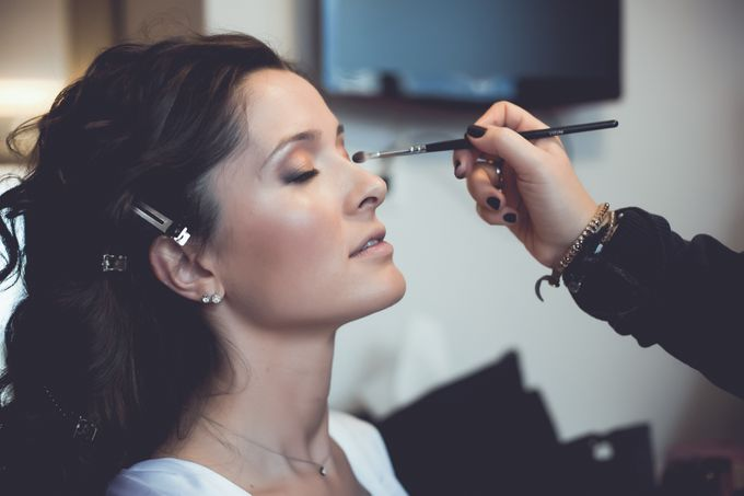 Bridal preparation by George Ladas Photography - 010