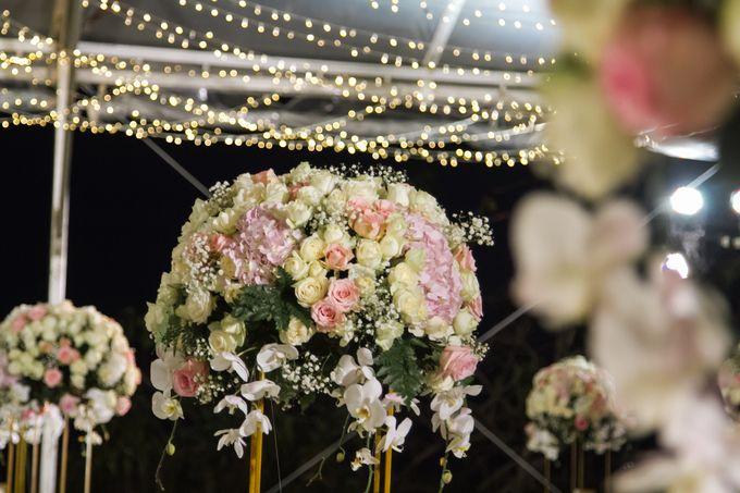 WONDERFUL WHITE WEDDING THEME by Red Gardenia - 004